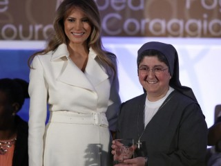 WASHINGTON, DC - MARCH 29:  U.S. first lady Melania Trump presents the 2017 Secretary of State's International Women of Courage Award to Sister Carolin Tahhan Fachakh of Syria March 29, 2017 in Washington, DC.  The award honors women who have demonstrated exceptional courage, strength, and leadership in acting to improve the lives of others.  (Photo by Win McNamee/Getty Images)