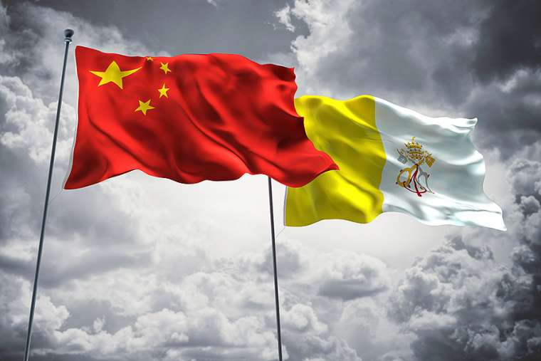 Flags_of_China_and_Vatican_City_Credit_FreshStock_Shutterstock_CNA