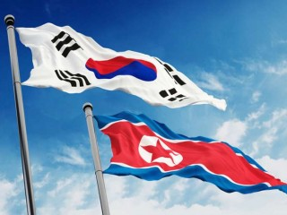 North_and_South_Korea_flags_Credit_cigdem_Shutterstock_CNA