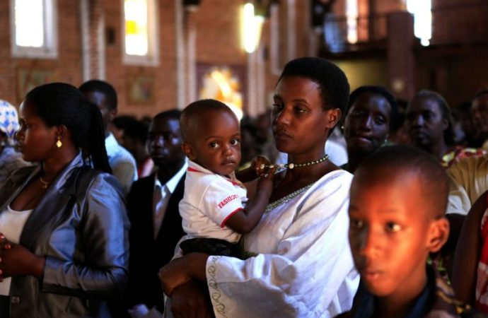 20180814T1010-19372-CNS-RWANDA-CHURCHES-RELIGIOUS-FREEDOM_800-690x450