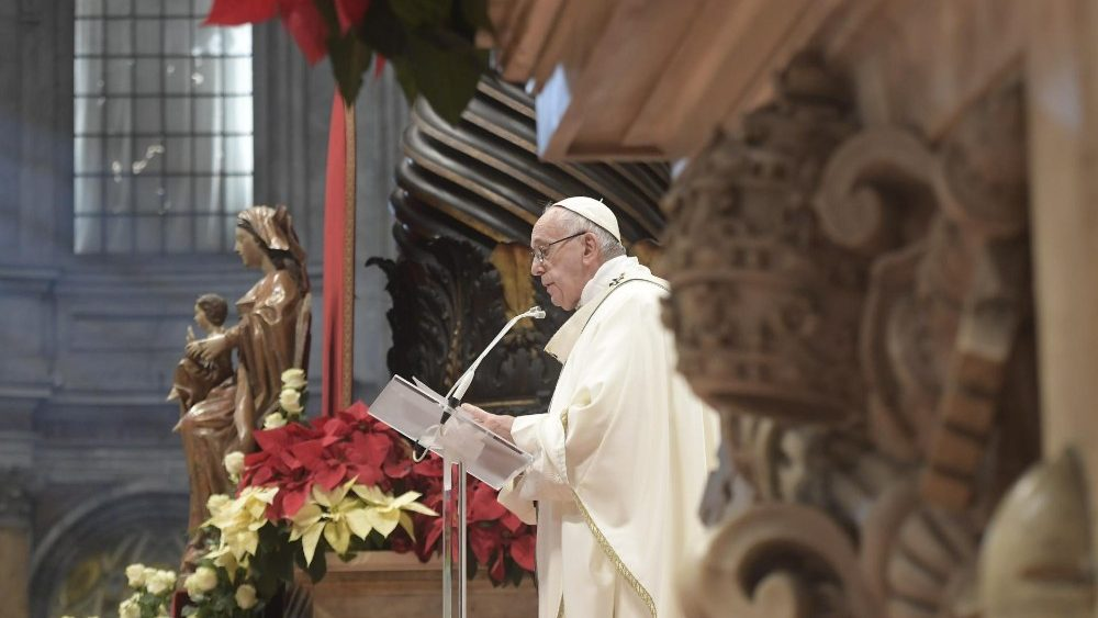 2019-01-06 Pope Francis at Mass on the Solemnity of the Epiphany (18)