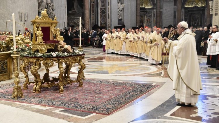 2019-01-06 Pope Francis at Mass on the Solemnity of the Epiphany (19)