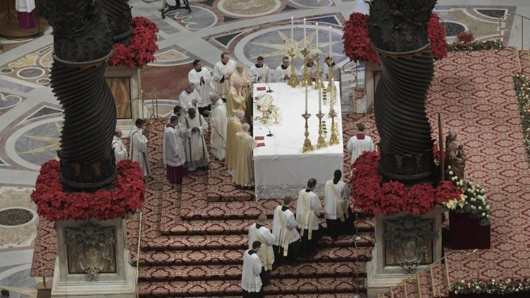 2019-01-06 Pope Francis at Mass on the Solemnity of the Epiphany (20)