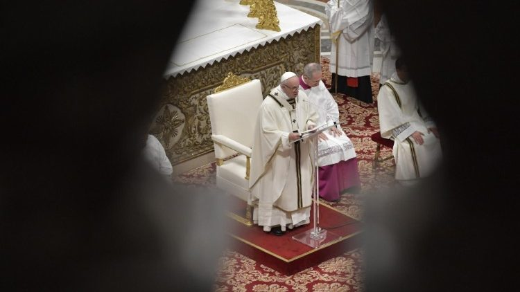 2019-01-06 Pope Francis at Mass on the Solemnity of the Epiphany (4)
