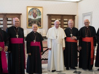 The-Holy-Father-With-The-Venezuelan-Bishops-©-Osservatore-Romano