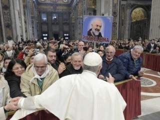 20190220 The Pope received 2,500 members of Benevento diocese 3