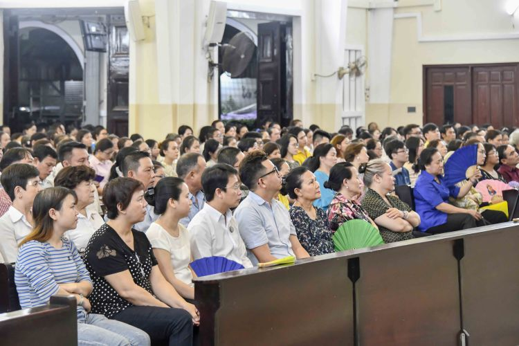 19-04-2019 Thanh le Tiec ly 20h (18)