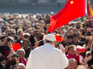 Pope-Meets-Pilgrims-From-China-©-LOsservatore-Romano