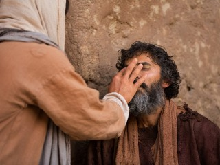 jesus-annoints-a-man-born-blind-medium