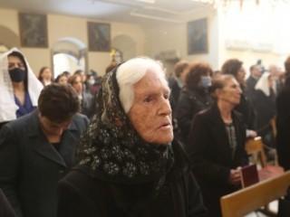 Cơ đốc nhân người Syria tham dự thánh lễ ở Damascus, Syria (Ảnh: ANSA)