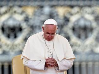 Pope_Prayer_Sept