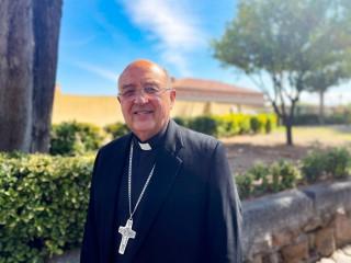 Hồng y người Peru Pedro Barreto Jimeno được chụp ảnh tại trụ sở Dòng Tên ở Rome vào ngày 22 tháng 9 năm 2021. Barreto đã nói chuyện với Dịch vụ Tin tức Công giáo về cuộc gặp ngày 20 tháng 9 của ông với Giáo hoàng Francis, ý nghĩa của Hội nghị Giáo hội Amazon và việc thực hiện các khuyến nghị của Thượng Hội đồng Giám mục về Khu vực Amazon (Ảnh: Junno Arocho Esteves / CNS)
